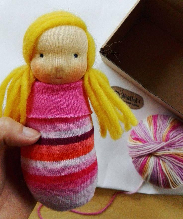 Birthday prezent for a little girl.  . . #pocketdoll #elf #elfdoll #waldorfdoll #waldorfinspired #doll #instadoll #instatoy #etsyshop #etsyseller #birthday #prezent #waldorfbaba #ajándék #szülinap #manóbaba