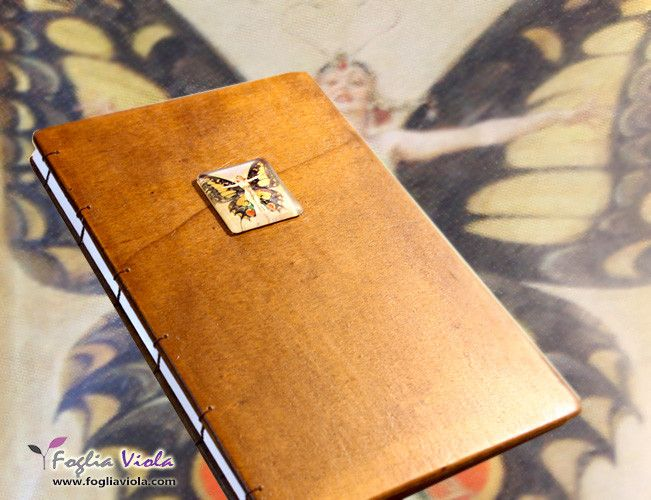 Wooden Journal. Fairy cover  www.fogliaviola.com    #bibliophilia #fantasy #handmade #notebook #book #journal #wooden #wood #legno #enchanted #fata #vintage #deco #elegant #wedding #fairy #matrimonio #art #design #copticstitch #buterfly #farfalla