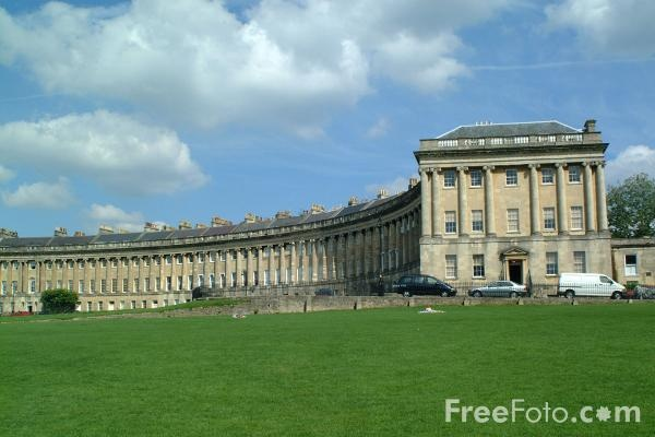 Royal Crescent, Bath, England. By Wood the Elder and Younger.