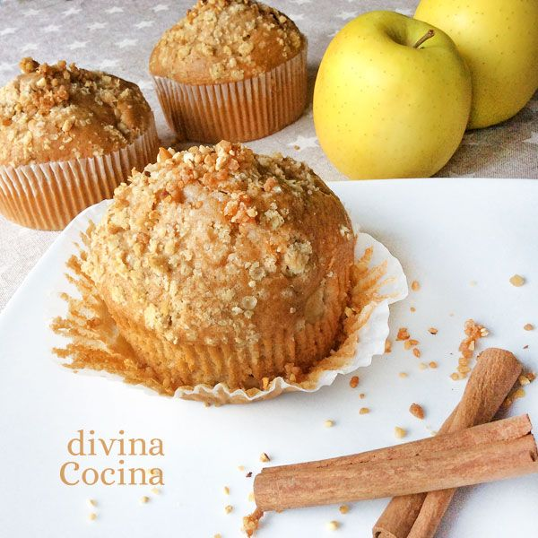 Estas magdalenas de manzana y canela siempre resultan muy jugosas y llenas de aroma y sabor.