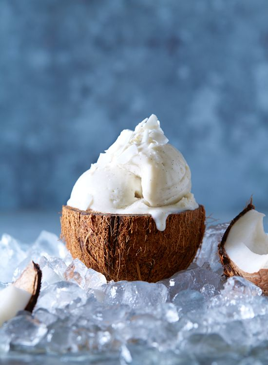 Vegan Coconut Ice Cream//