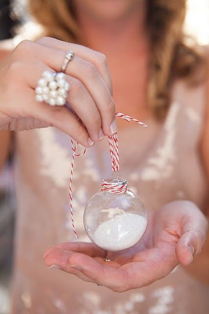 Turn sand from your honeymoon into an ornament!  fabulous idea :): Honeymoon, Diy Snow, Idea, Snow Globes, Snowglob, Christmas Ornament, Ornaments