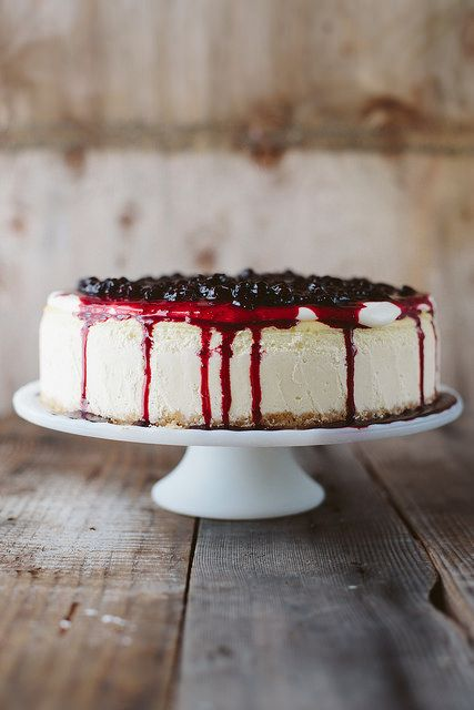 cheesecake with huckleberry sauce