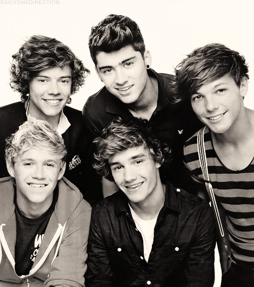 Harry, Liam, Zayn, Niall, Louis