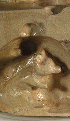 rzeźba drewniana rzeźba Kot na straży. Tu ukazana jedna z dwóch myszy