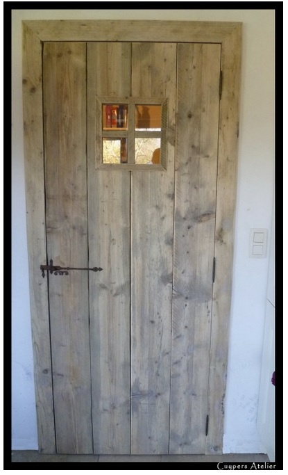 Nieuwe deur voor de schuur? Deze van steigerhout is erg mooi