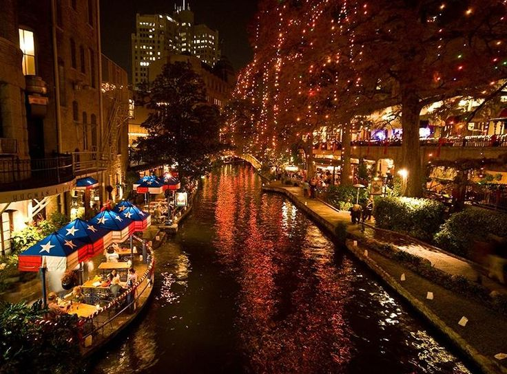 Wishing you a great Holiday Weekend from the San Antonio Riverwalk! http://www.marriott.com/satpl