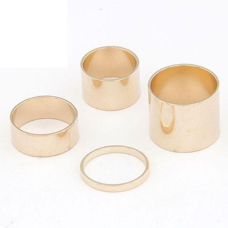 Set de 4 anillos metalicos de diferentes tamaños