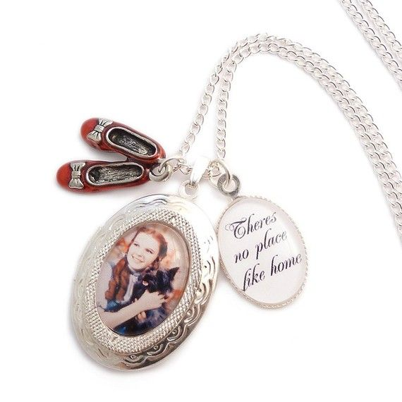 LunarraStar Wizard of Oz charm locket necklace - There's no place like Home Dorothy and the Ruby red slippers dasUns