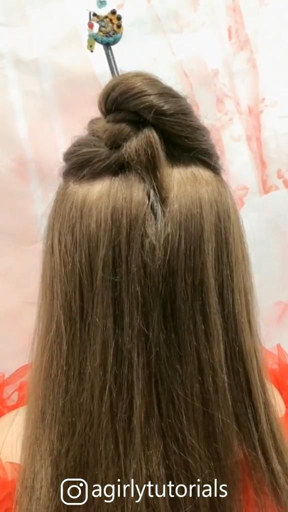 Some Cute And Easy Hairstyle Tutorials Part 9 Cute Easy Hairstyle Part Tutorials In 2020 Easy Hairstyles Hair Styles Hair Tutorial