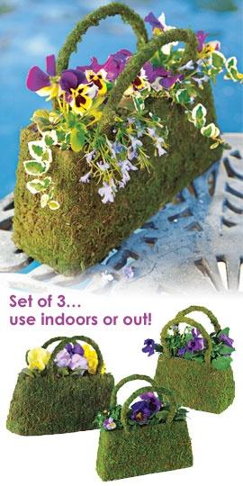 Beaumont Moss Basket, Mossy Purse, Handbag Planter | Solutions: Gardens Ideas, Crafts Ideas, Beaumont Moss, Yard Art, Gardens Art, Handbags Planters, Colors Spots, Art Yard, Moss Baskets
