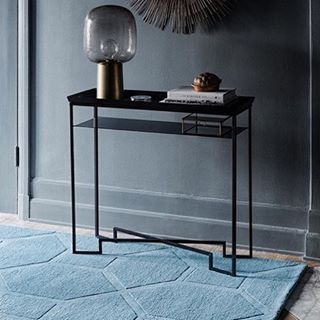 Carpet love designed in #Sweden.  @layered_official  #carpet#rugs#blue#mattor#layered#scandinavian#style#home#grey#housedoctor#familjenfogelmarck#interiordesign#interior#brass#wool#steel