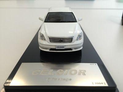 日本自動車デザインコーナー 「Japanese Car Design Corner」: Toyota Celsior F Package 2004 model by WiT's