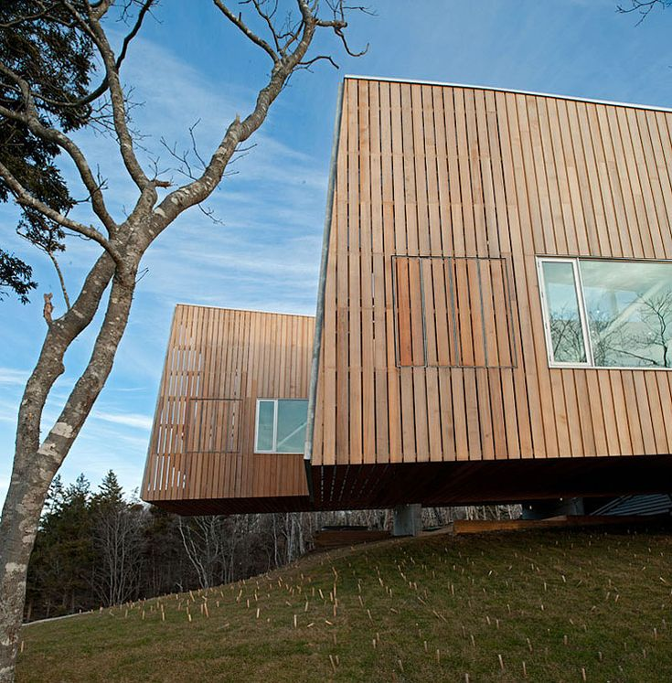 Two Hulls House by MacKay-Lyons Sweetapple Architects