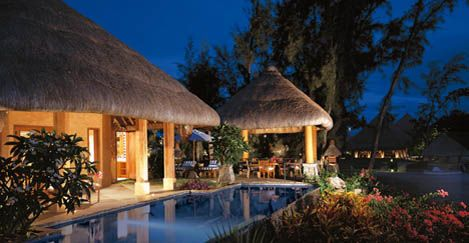 Majestic mountains, pleasant pavilions, grand gardens and lovely lagoons...and that's only the beginning at The Oberoi Mauritius Resort.