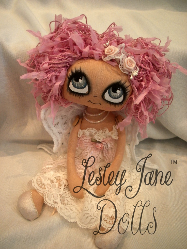 Isabelle, by Lesley Jane Dolls Love the pink hair <3
