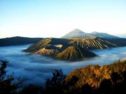 Paket Wisata Bromo Gunung Kawah Ijen 3 Hari 2 Malam Fenomina alam yang mempunyai keunikan tersendiri yang memang tidak diragukan lagi keindahan...