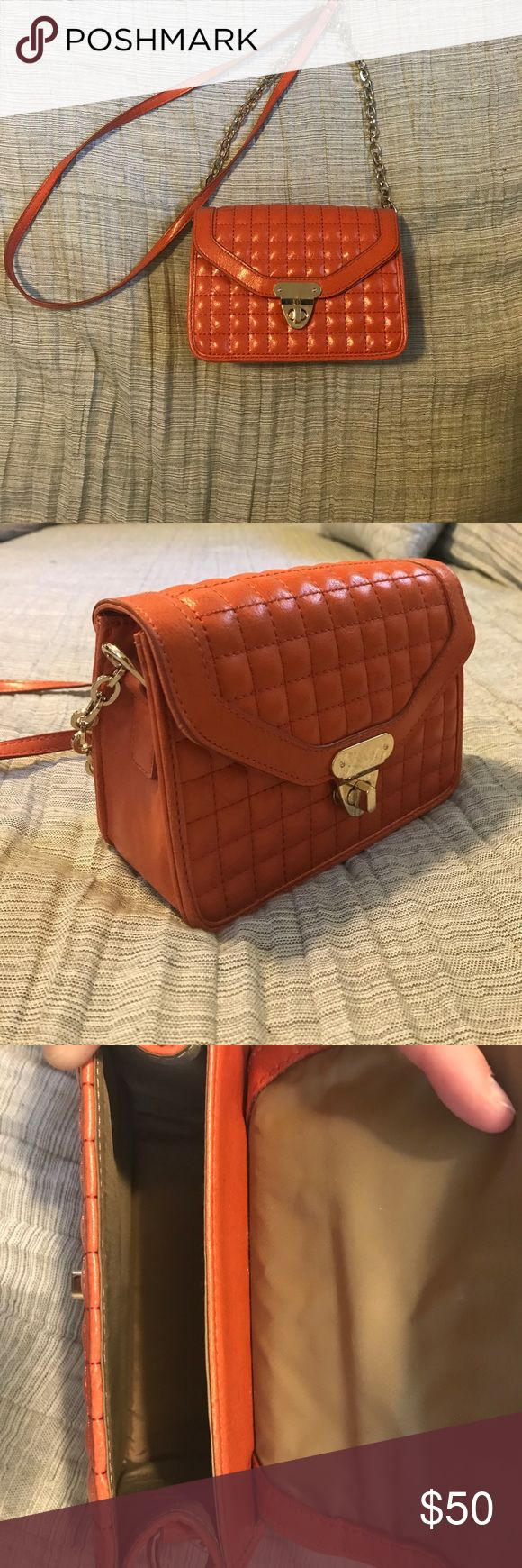 Banana Republic Purse Small Over the shoulder leather purse. In perfect condition. Banana Republic Bags Crossbody Bags