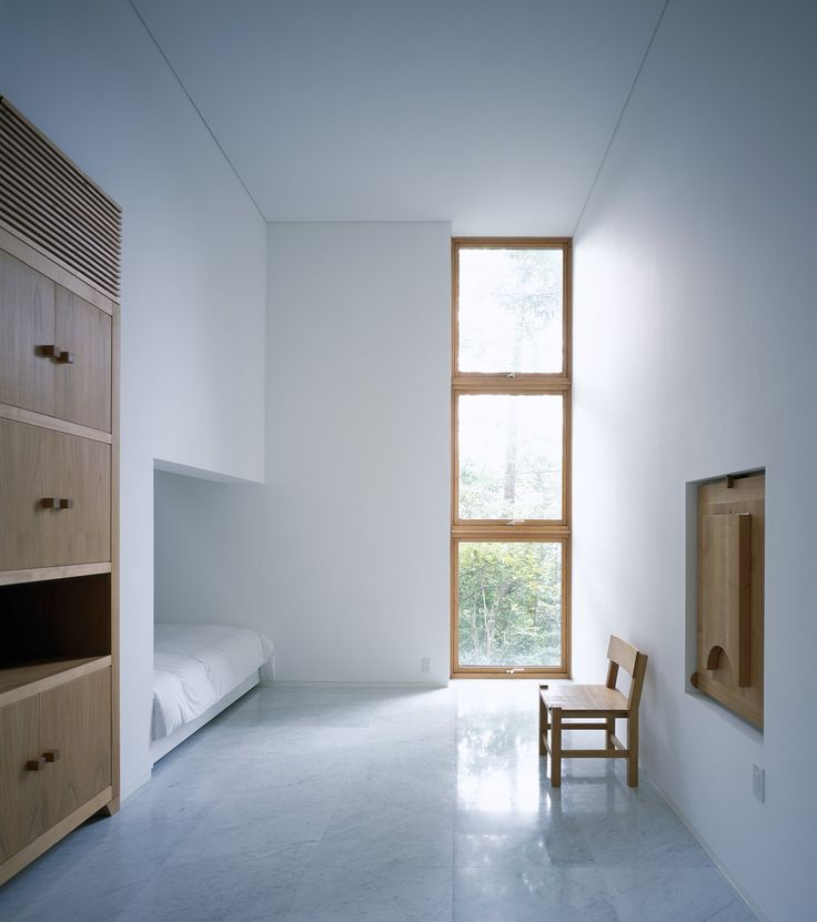 High Ceiling Guest Room. Hotel Bleston Court By Azuma Architect U0026  Associates + Studio On Site