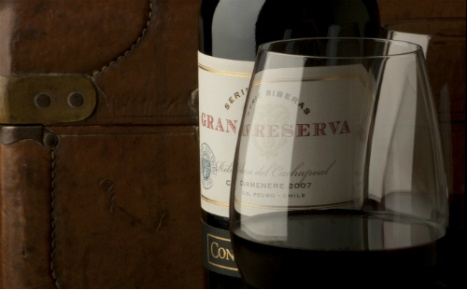Gran Reserva Serie Riberas is a special selection selection of Gran Reserva wines coming from vineyards located close to different river basins. This translates into unique, distinctive fresher #wines. The line comprises five red varieties (Cabernet Sauvignon, Carmenere, Syrah, Merlot and Malbec) and two whites (Chardonnay and Sauvignon Blanc).
