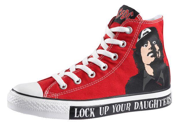 Pegajoso Original Margaret Mitchell  AC/DC & Metallica x Converse Chuck Taylor All Star Hi | Sneakers men  fashion, Converse, Chuck taylor sneakers