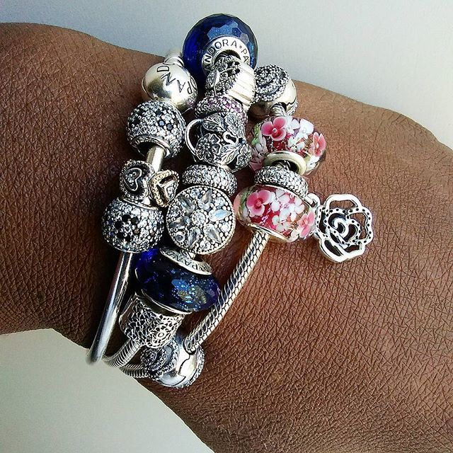 Sunday's picks of #pandoradream #pandoralover #pandorabracelet #pandorabecharming #pandoramurano #pandoracharms #theofficialpandora #unforgettablemoments #pandoracollection #dreams #outlet #therapy #unique #pandorastory  #pandoraexpression @theofficialpandora @pandora_moments @pandora_magic #pandorastyle #pqndorajewelry #accessories