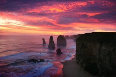 Twelve Apostles - Great ocean road, Australia (by woosra)