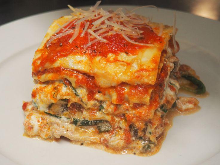 Best 25 lasagna recipe food network ideas on pinterest cowboy seven layer lasagna lasagna recipeschef recipesdinner recipesamanda freitagfood networklayeringcasserolesboardnom nom forumfinder Images