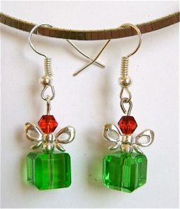 You'll LOVE these Crystal-christmas-package-earrings you can make w/easy instructions from @divaonline1
