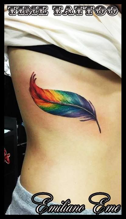 tattoo realizado por EMILIANO EME!  pluma en colores!