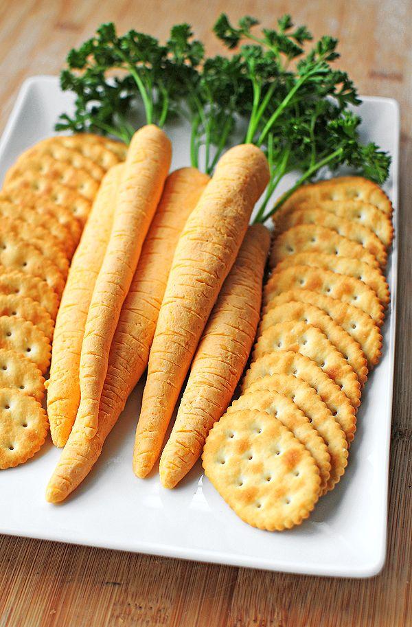 """""""ZANAHORIAS"""" DE QUESO (Cheese Carrots)"""