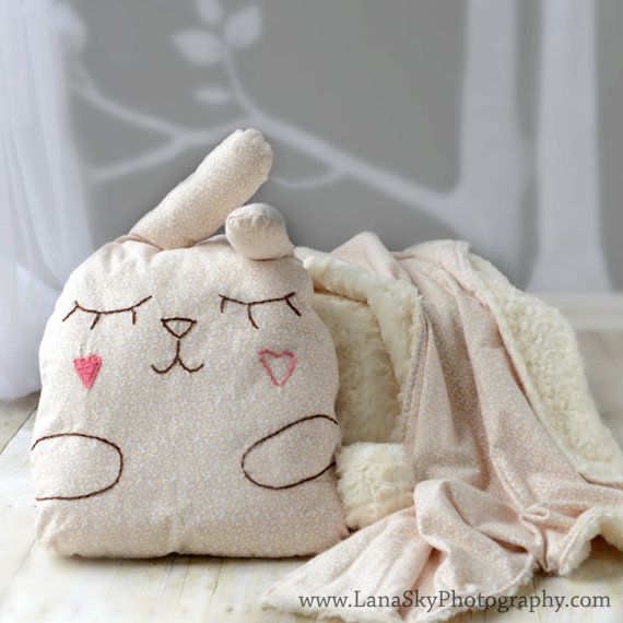 Baby/Toddler Blanket and Pillow Set. Stuffed animal by KIDZCOZY, $65.00 ommmmmmmmmmmmgggggggggg ...