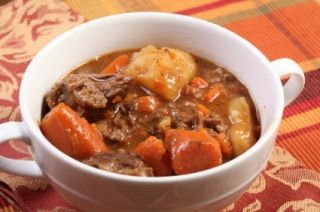 Ragoût de boeuf aux légumes, cuit au four
