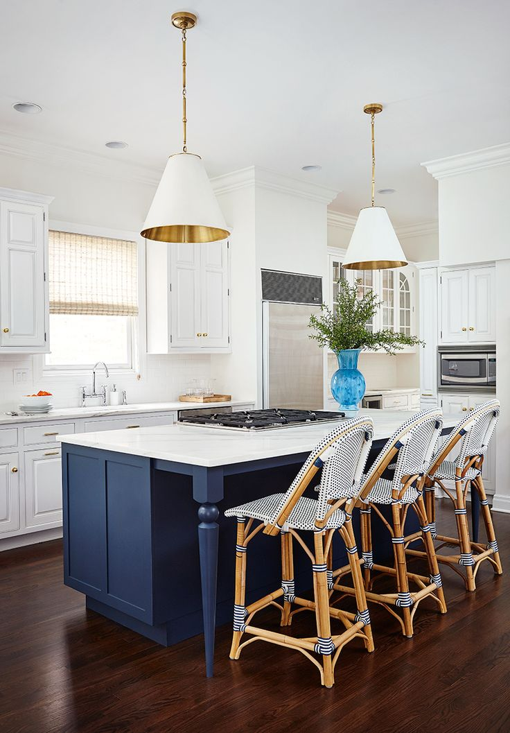 25 best ideas about island blue on pinterest blue for Navy blue kitchen units