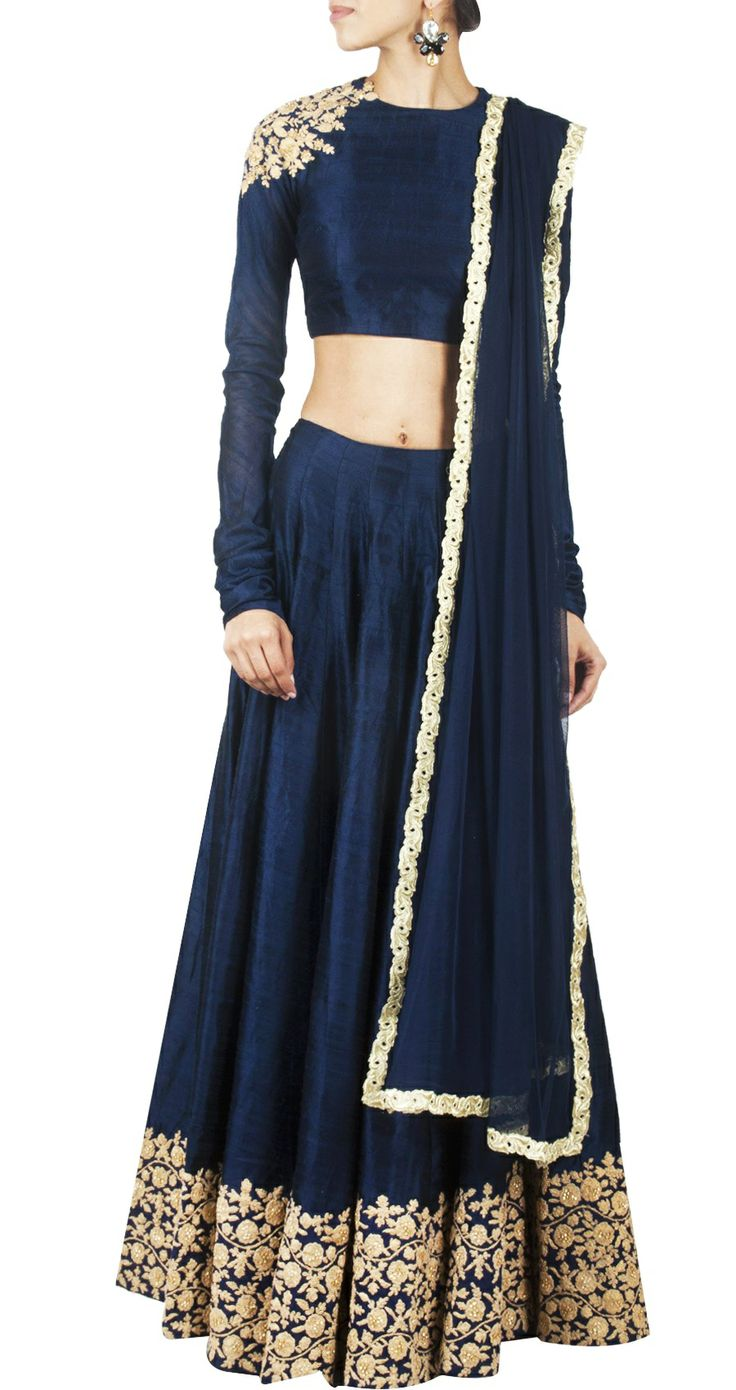 Navy blue embroidered lehnga by Ridhi Mehra