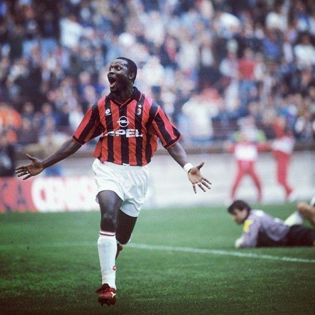 George Weah explosive Liberian striker #weah #acmilan #milan #liberia #monaco #asmonaco #africa #afrika #african #football #soccer #futbol
