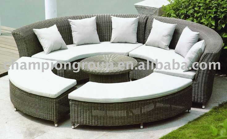 18 best images about round sofa set on pinterest for Round sectional sofa set manufacturers
