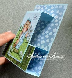 "White cardstock: 4 1/4"" x 11"", score @ 1/2"", 2"", 4"", 5 1/2"" Colored cardstock: 3"" x 5 1/2"", score @ 1/2"" and 2"" White panel (to stamp image on): 2 1/2"" x 3"""