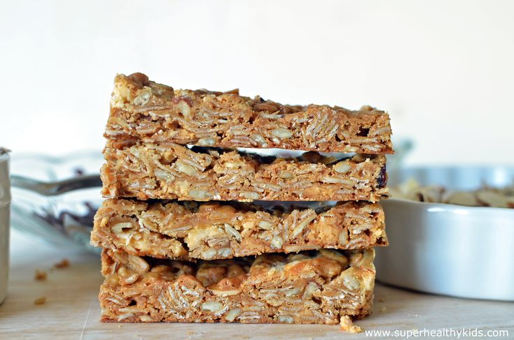 Yummy, delicious, and chewy granola bars! From Super Healthy Kids #healthyandportable