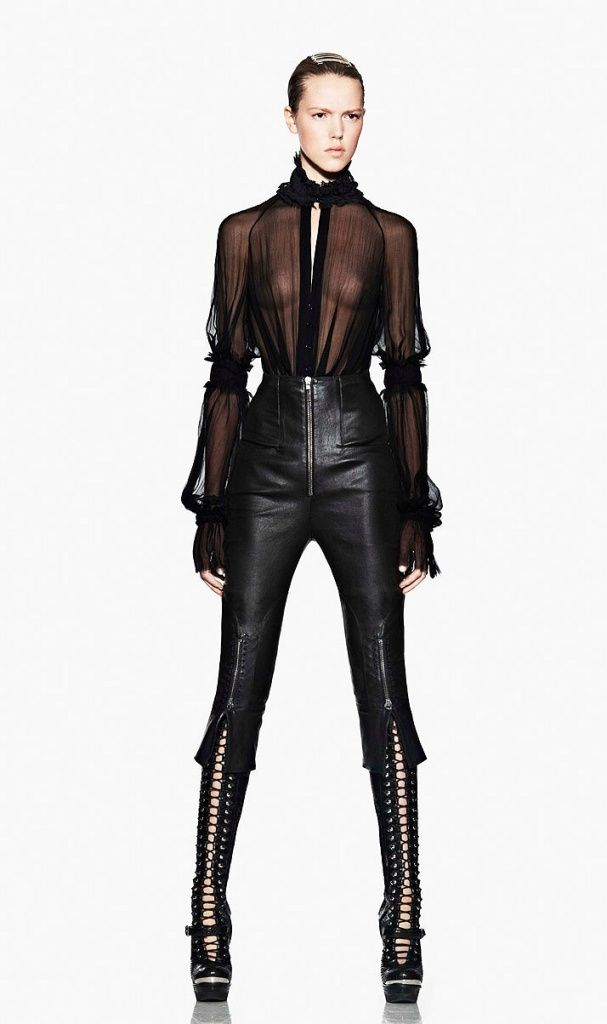 McQueen, who else!: Fashionalexand Mcqueen, Outfits, Chiffon Blouses, Fashion Style, Mcqueen Aw11, Aw11 21 29, Mcqueen A W, Fashion Alexander Mcqueen, Black