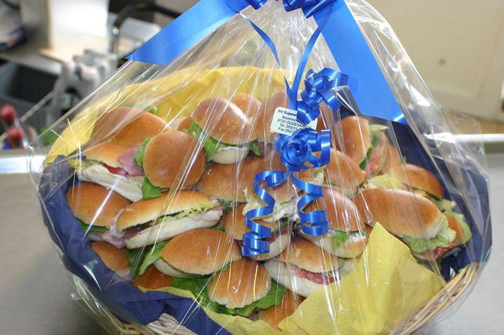 Belegde Mini Broodjes Superette De Bever slagerij traiteur Online Shop