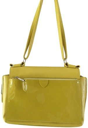e2ae50029d58 Get the trendiest Cross Body Bag of the season! The Marc Jacobs Amelia  Yellow (Straw) Leather Cross Body Bag is a top 10 member favorite on Tradesy .
