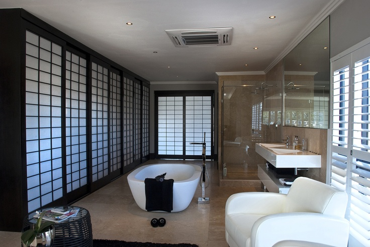 Chinese Shutters.. WOW  http://www.polo-estate-properties.co.za/