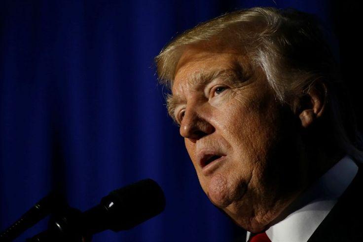 """O presidente dos Estados Unidos, Donald Trump, afirmou, na sua primeira entrevista depois da tomada de posse, que acredita """"absolutamente"""" nas táticas de tortura e que os EUA deviam """"combater fogo com fogo""""."""