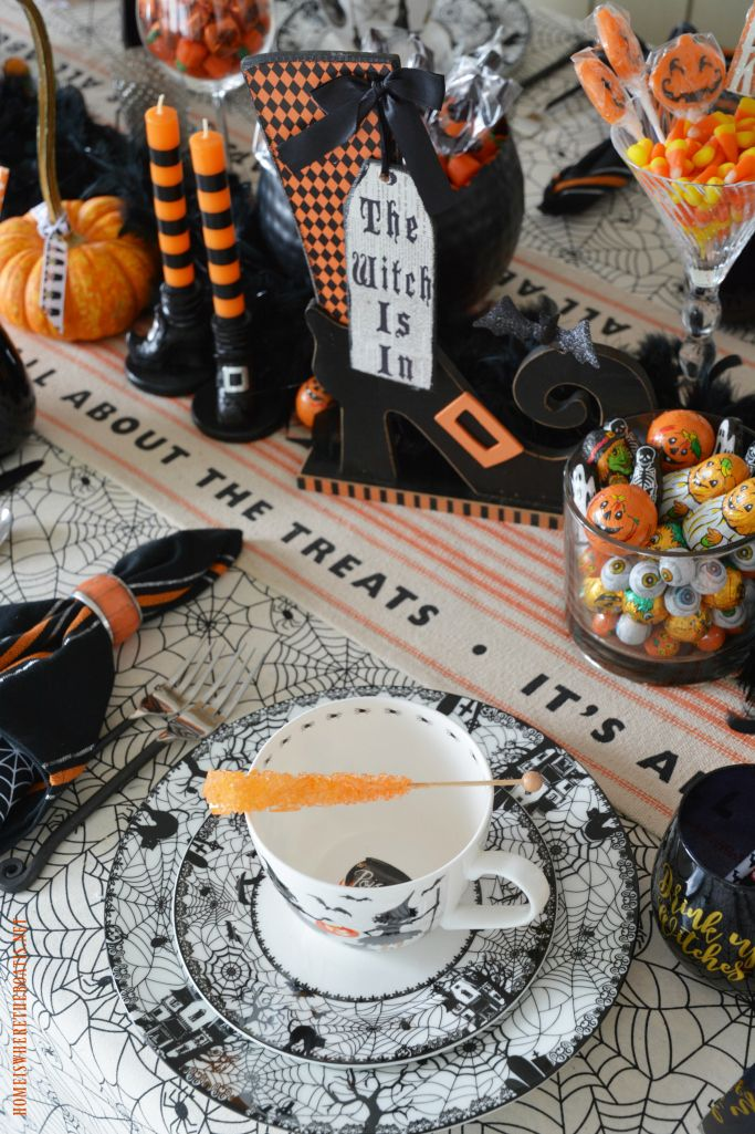 Witch\u0027 Way To The Treats Halloween Tablescape A Very Un-Scary Fun - halloween table setting ideas