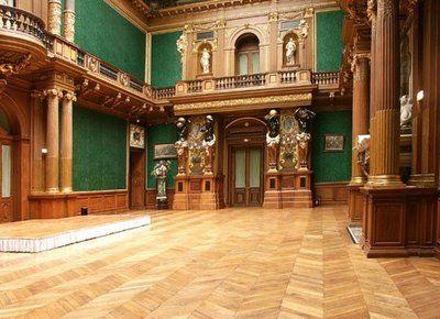 Italian Renaissance Interior Gorgeous Columns