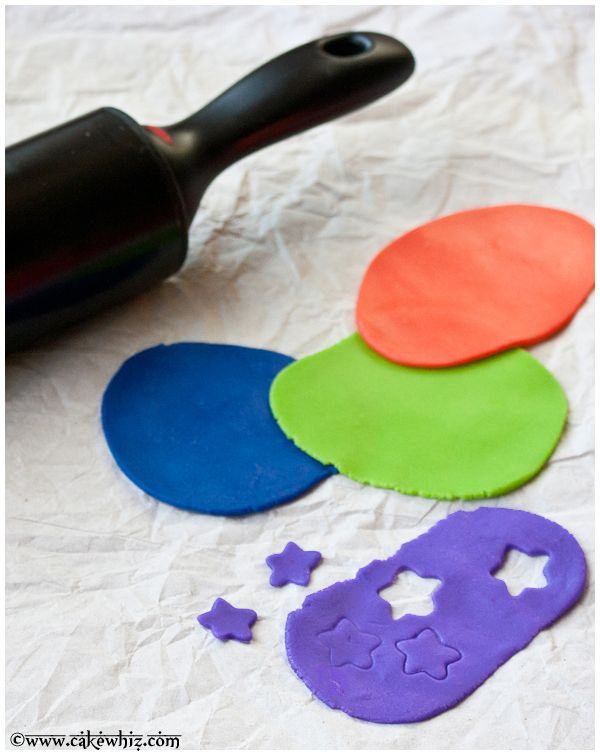 How to make easy and cheap marshmallow fondant with STEP-BY-STEP pictures plus many tips!