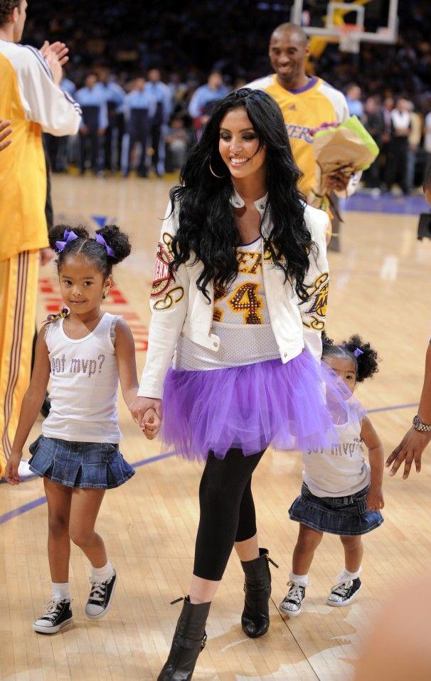 Kobe Bryant & His Girls (Vanessa, Gianna, Natalia Bryant)