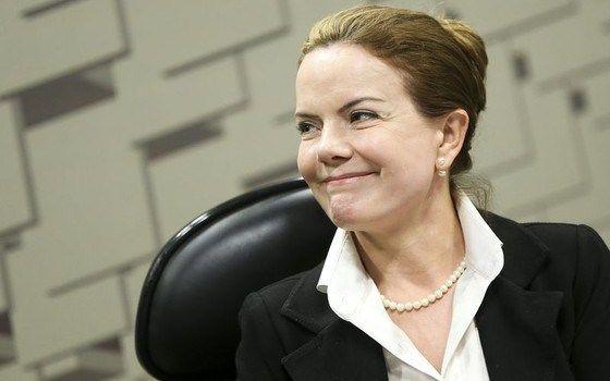 """Amante"" discreta: Gleisi era educada e insistente para cobrar propina, revela delator da Lava-Jato"
