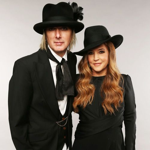 "Lisa Marie Presley to Divorce Michael Lockwood Because He ""Took Advantage"" of Her Fortune"